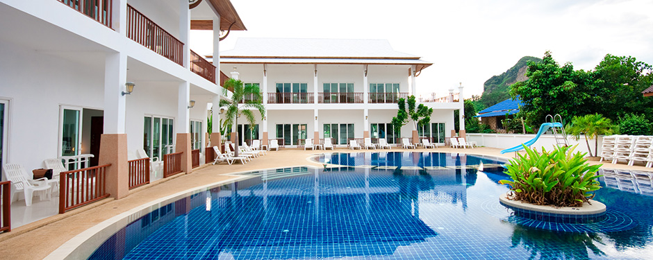Nadivana Serviced Apartments Pool